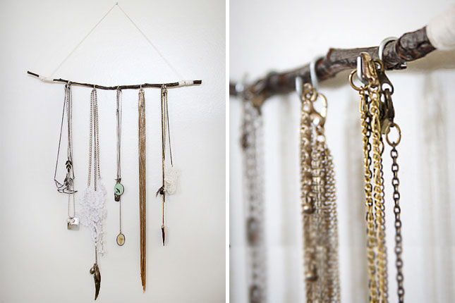 33 clever and decorative ways to keep your jewelry organized page 5 list inspired - Clever diy ways keep jewelry organized ...
