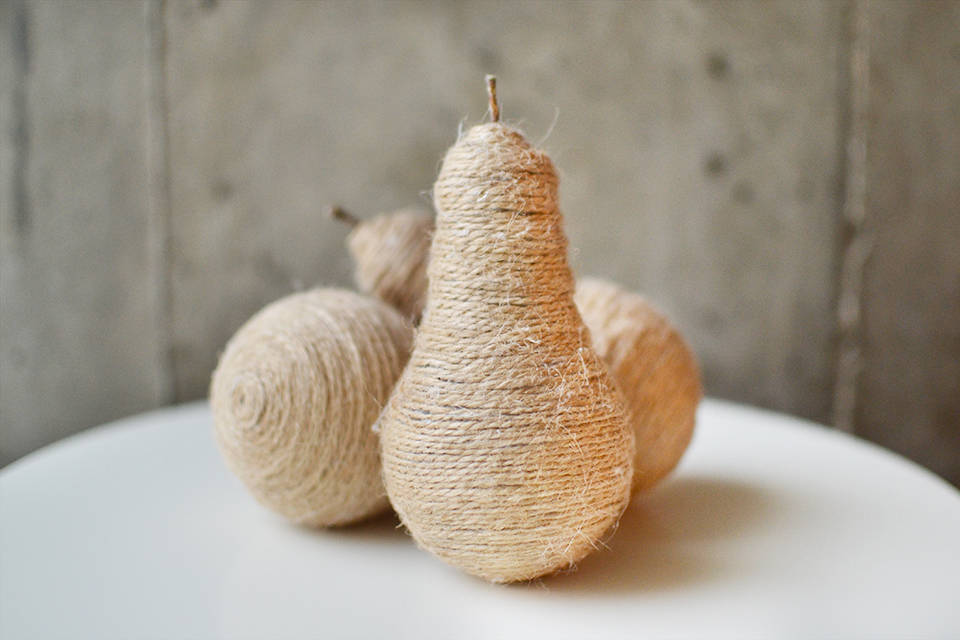Twine Light Bulb Pears