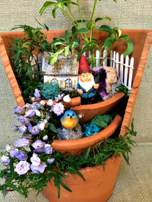 21 Broken Pots Turned into Brilliant Fairy Garden DIY Ideas – Page ...