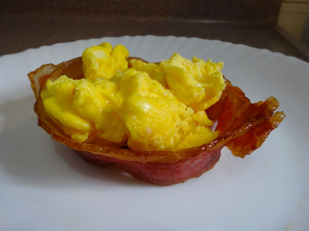 Scrambled Eggs in the Perfect Bacon Bowl