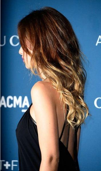 4 Long Curly Wavy Ombre Hairstyle with Long Side Bangs