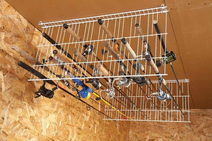 50 genius diy garage storage and organization project for Wire fishing rod
