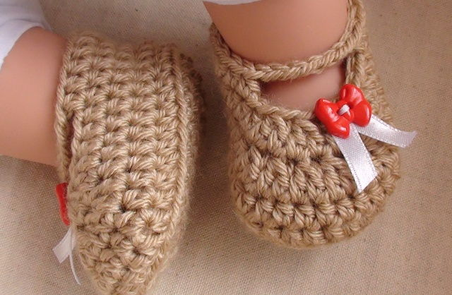 Crochet Tutorial For Baby Booties : 35 Cute Crochet Baby Booties Ideas You Can Easily Make ...