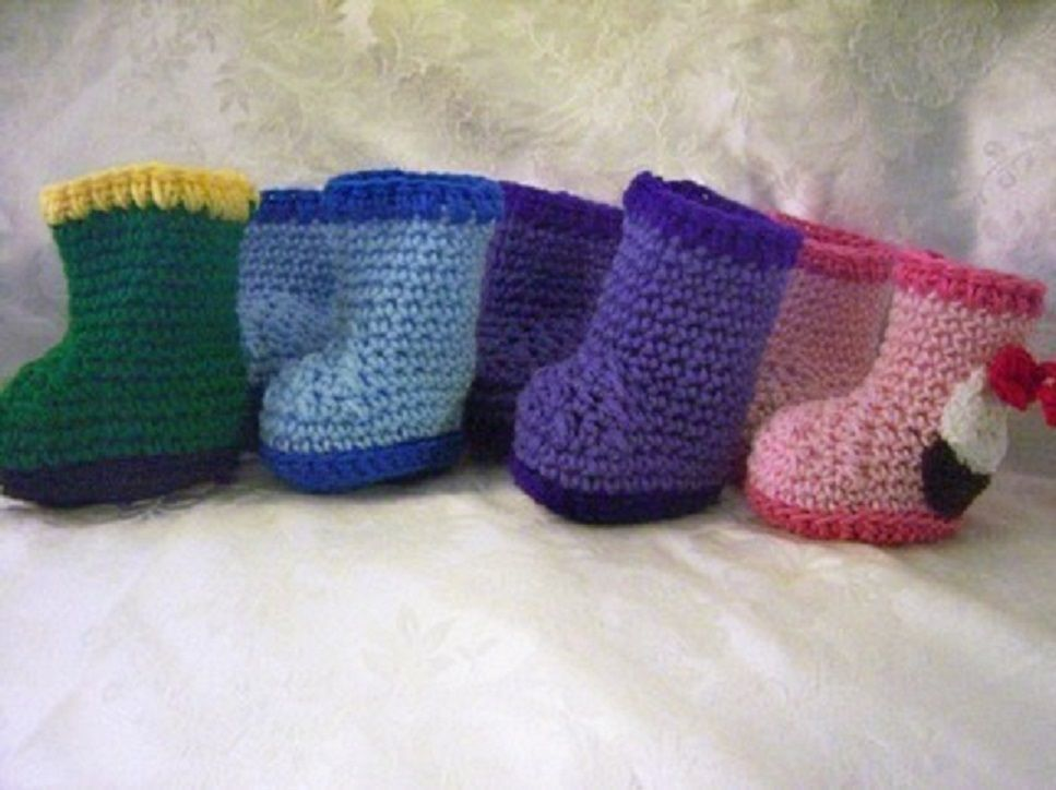 Crochet Baby Rain Boot Pattern Free : 35 Cute Crochet Baby Booties Ideas You Can Easily Make ...