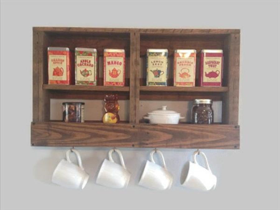 35 truly awesome kitchen pallet project ideas you can diy for Coffee rack diy