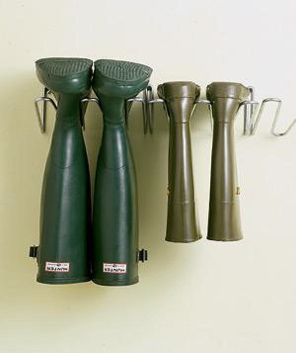 Hang Boots to Save Space