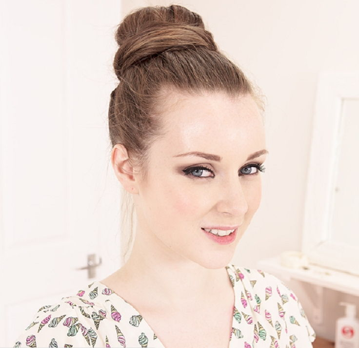 15 Quick And Easy Hair Buns Listinspired Com