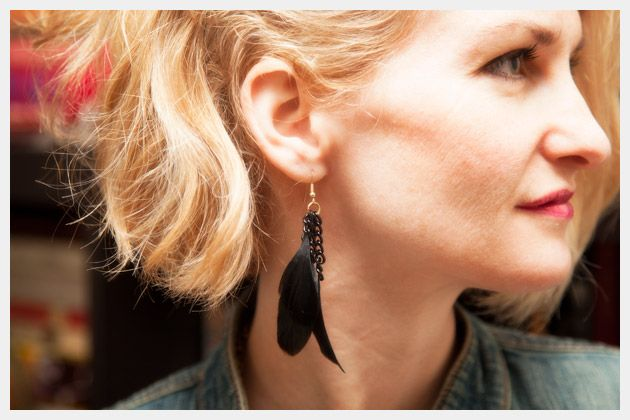 Fashionable Feather Earrings