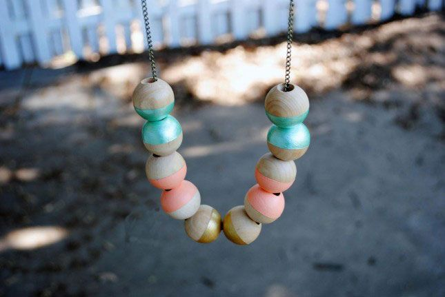 Color-Dipped Wooden Beads