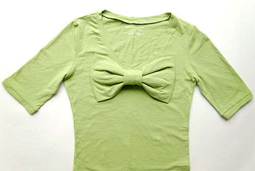 Sweetheart Bow T-shirt