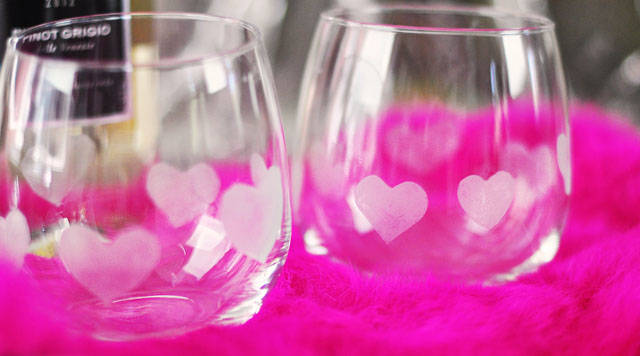 Heart Etched Wine Glass