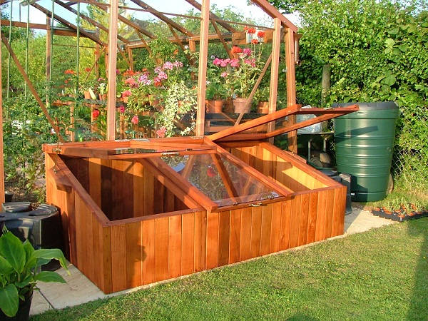 Basic Wooden Box Greenhouse