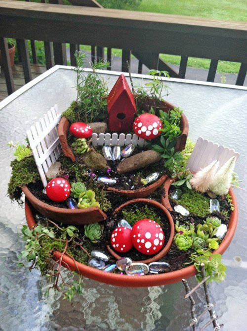 Ideas For Fairy Gardens broken pots turned into brilliant diy fairy gardens bored panda 3 Fairy Garden Magic