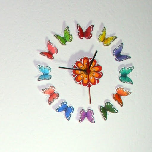 1 Beautiful Butterfly Clock
