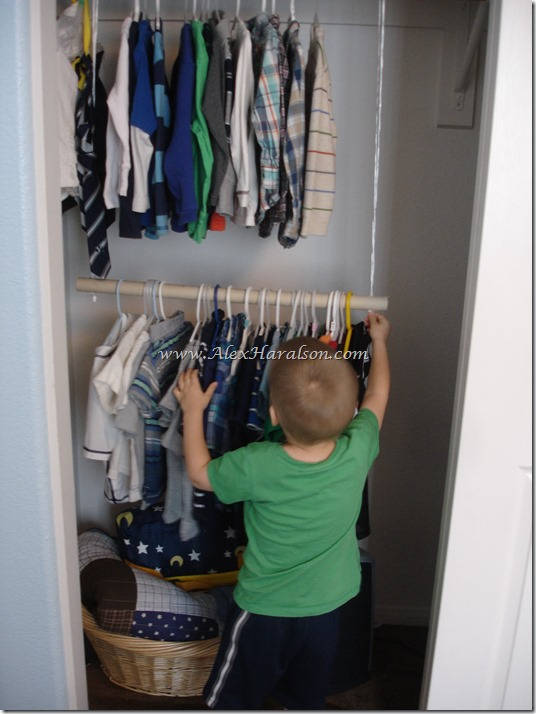 Hanging Clothes Bar for Kid's Closets