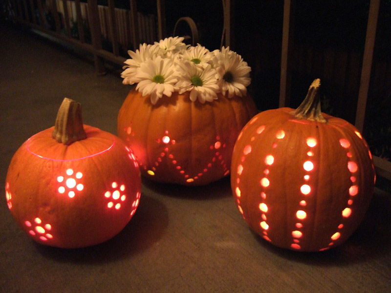 50 awesome diy halloween decoration project ideas page 10 pumpkin lights crafty nest shares practical inexpensive and pretty diy home decorating crafts and ideas many of the do it yourself projects include solutioingenieria Gallery