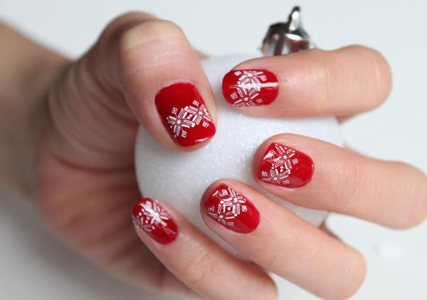 35 Awesomely Cute Christmas Nail Art Diy Ideas Page 2
