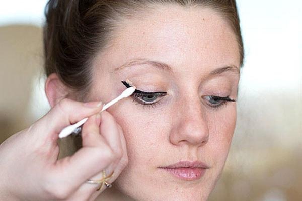 Life-Changing Ways To Use Q-Tips