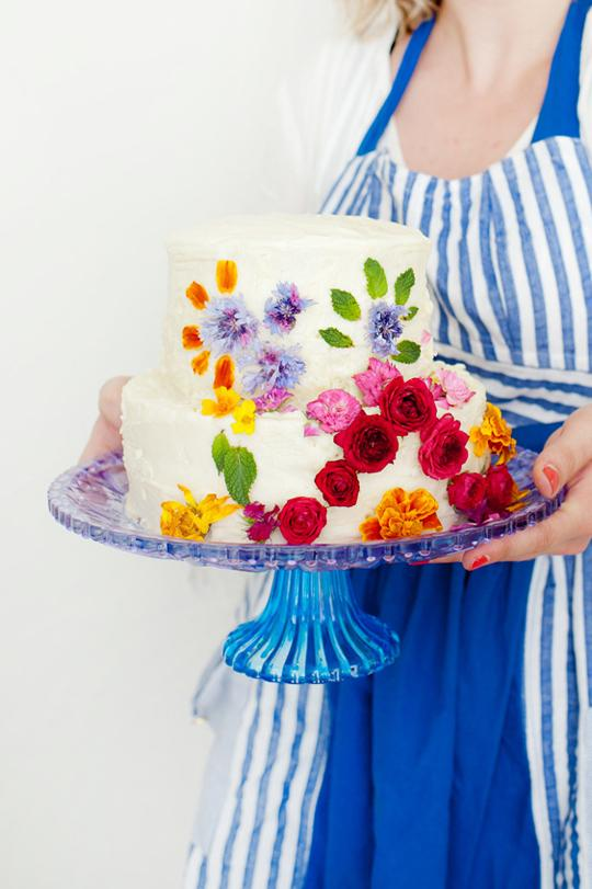 Abstract Floral Pattern Cake