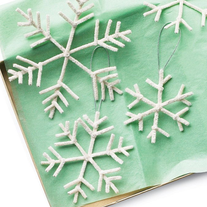 Pipe-Cleaner Snowflake Ornaments
