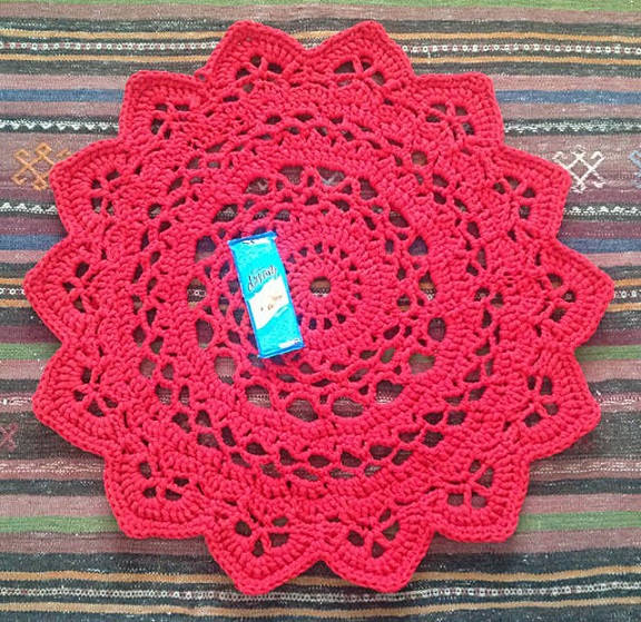 Crocheted T-Shirt Yarn Doily Rug