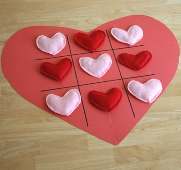 4 Tic Tac Toe Hearts