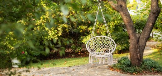 How to Decorate Your Backyard This Summer